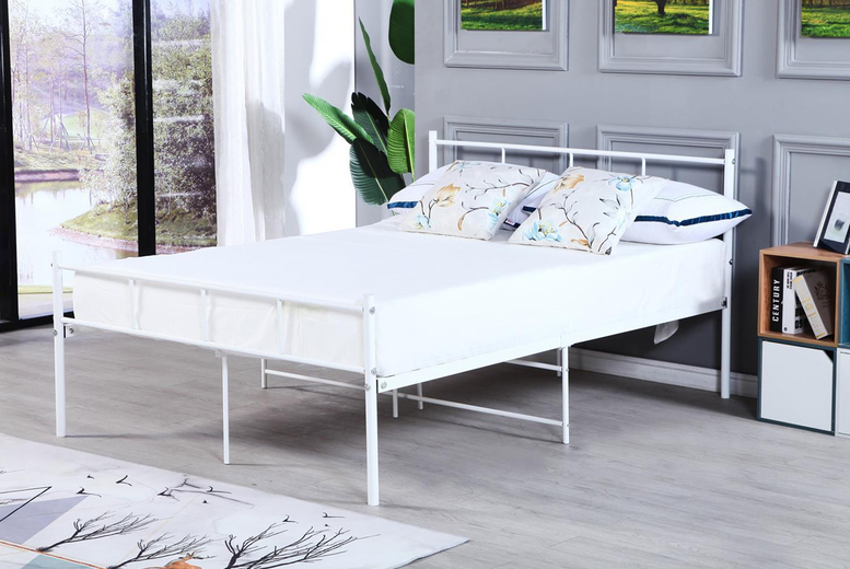 £39 instead of £80 for a single metal bed frame, £49 for a small double, £59 for a double or £69 for a king in black, silver or white with a mattress option from Buyer Empire – save up to 51%