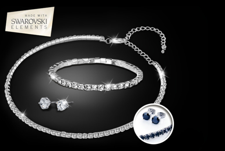 £19 instead of £117.50 (from Zoo Jewellery) for a Swarovski Elements tri set in black or white - save 84%