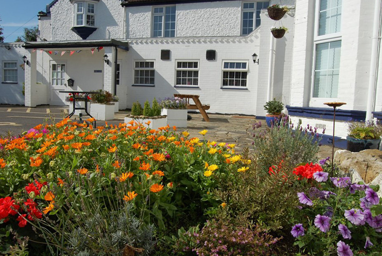 £59 (at The Lighthouse Inn, Capel-le-Ferne) for a 1nt Kent coast stay for 2 people inc. a bottle of wine & breakfast, or £89 for 2nts - save up to 43%