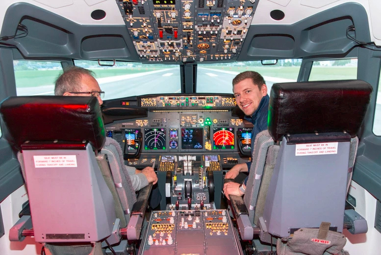 From £69 instead of £129 for a flight simulator experience in a Boeing 737 or an Airbus A320 for one person at Ascent Aviation, Paisley, from £99 for two people - save up to 47%