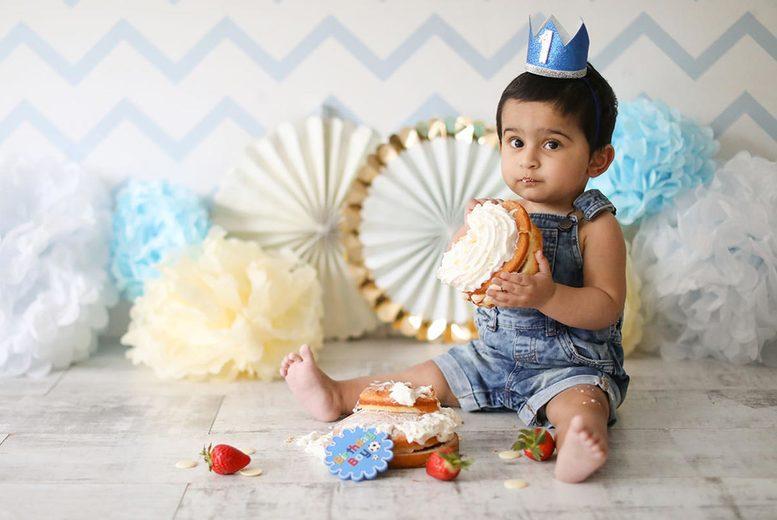 Image of Baby Cake Smash Photoshoot & 4 Prints | Regional | Living Social