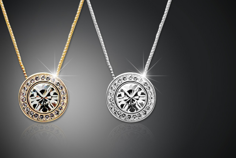 £10 instead of £39 (from Moonshine Boutique) for a solitaire pendant with rhodium or rose gold plating - save a sparkling 74%