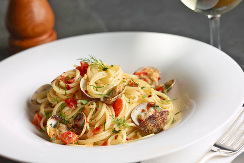 £8 for a 3-course Italian meal and glass of wine for one, £16 for two or 29 for four at La Caverna Hotel & Italian Restaurant, Sheldon - save up to 80%