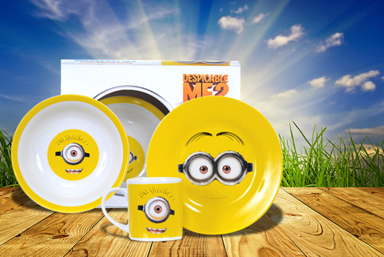 £6.99 for a 3-piece Despicable Me 2 minion breakfast set from Wowcher Direct!