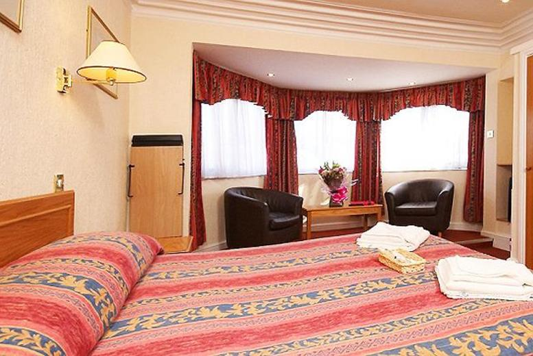 £89 instead of up to £192 (at The Grosvenor Hotel, Ilfracombe) for a 2-night break for 2 inc. breakfast - save up to 54%
