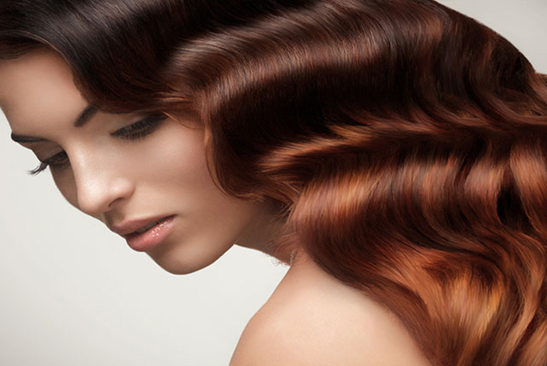 £14 instead of up to £37 for wash, cut & Macadamia hair conditioning treatment at CM Hair, Edinburgh - save up to 62%