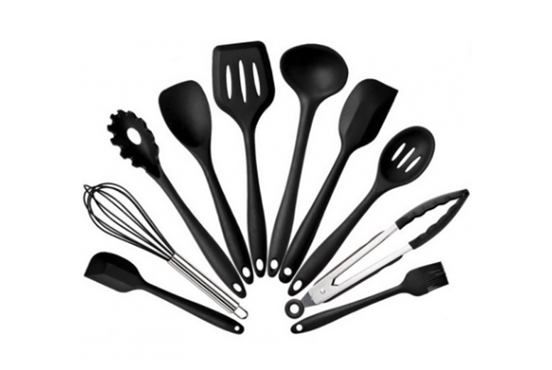 £17.99 instead of £39.99 for a 10-piece silicone kitchenware set from YelloGoods - save up to 55%