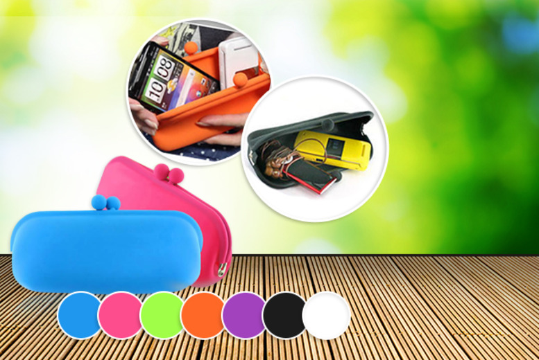 £6 instead of £19.99 (from Boni Caro) for a multi-purpose silicon sunglasses case in a choice of 4 colours - save 70%