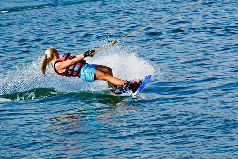 £22 for a double waterskiing or wakeboarding lesson for 1 person, £55 for 2 inc. a ringo experience at Waterski & Wakeboard Scotland - save up to 58%
