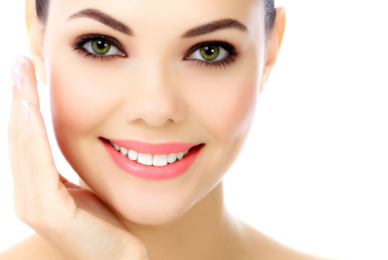 £19 for a Lactic or Glycolic facial peel, £49 for 3, £79 for a TCA facial peel or £199 for 3 at Boudoir Medical, Shoreditch - save up to 73%
