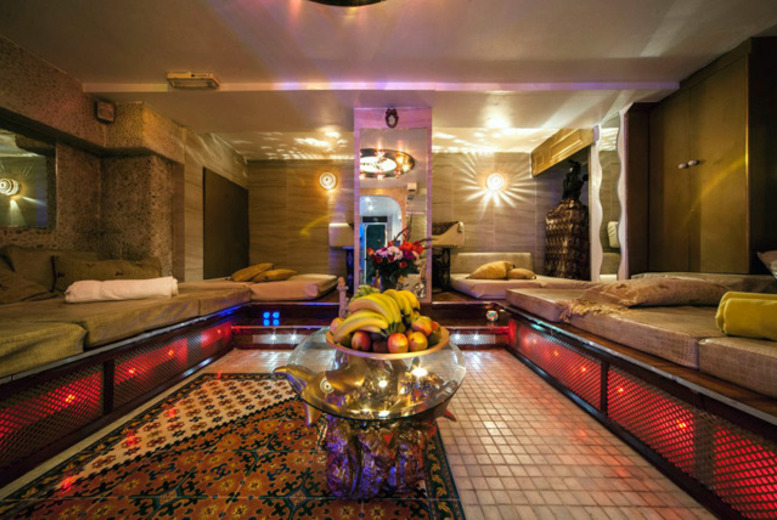 £29 for a 45-min hammam body scrub inc. refreshments + full use of relaxation room, £55 for 2 people, £109 for 4 at Arabian Hammam Spa