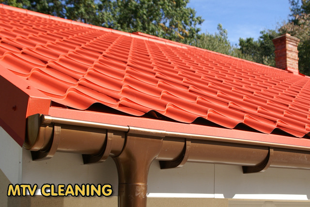 £19.99 instead of £129 for a home gutter cleaning service on a 2 storey house from MTV Cleaning – de-clutter your gutter and save 85%