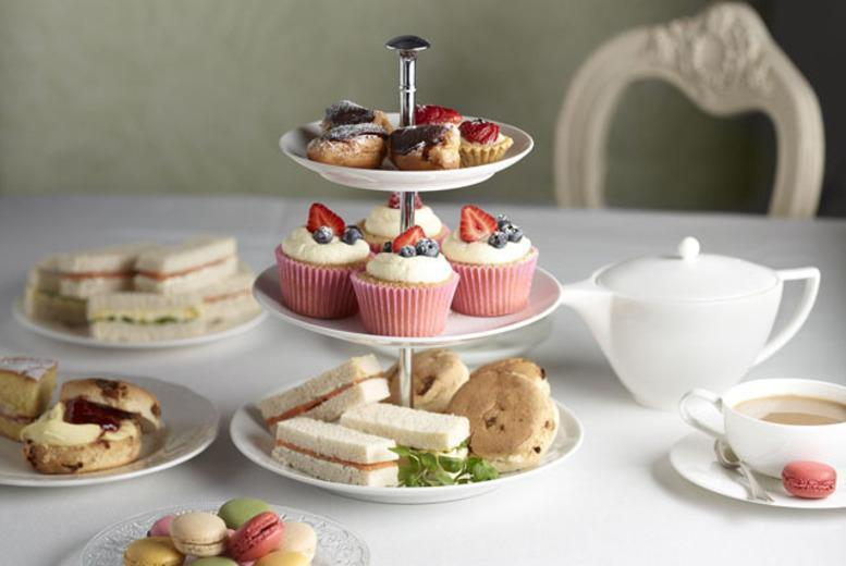 £6 instead of £12.30 for afternoon tea for 2 including cakes, pastries and a pot of tea at Word of Mouth Café, Edinburgh – save 51%