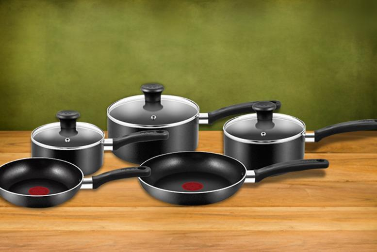 £39.99 for a 5-piece non-stick Tefal Essential pan set from Wowcher Direct