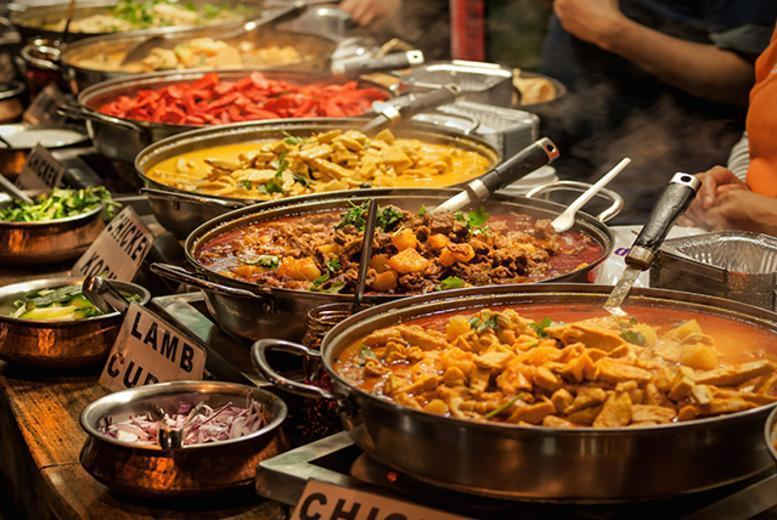 £12 instead of £27.90 for a world buffet for 2 inc. Indian, Thai, Chinese & Italian food at Everest World Buffet, Renfrew - save 57%