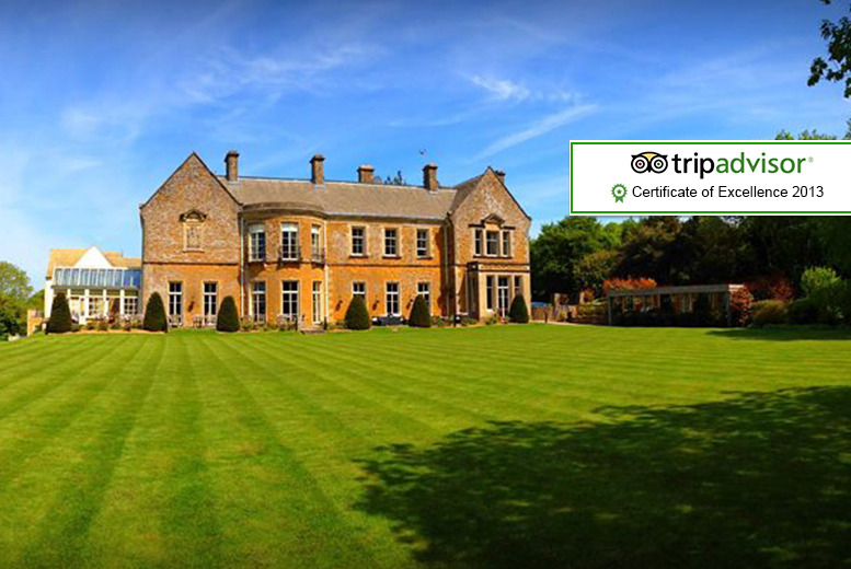 £139 (from Great Little Breaks) for a 4* overnight stay for 2 inc. 3-course dinner, bottle of wine & b'fast at Wyck Hill House Hotel & Spa - save up to 35%