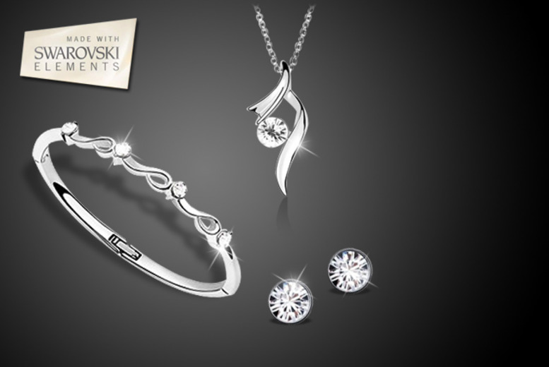 £18 instead of £109.99 (from Simply Jewellery) for a Swarovski Elements swirl tri-set – save a blinging 84%