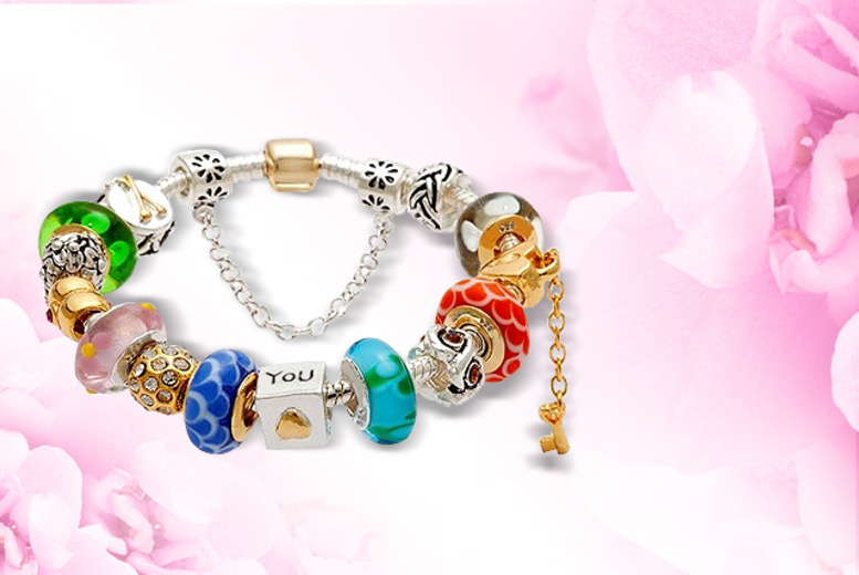 £11 instead of £41.99 (from Cocobury) for a charm bracelet with 13 glass beads - save 74%