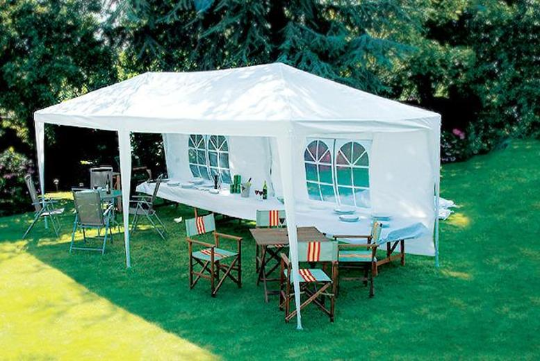 £69.99 for a 3m x 6m party marquee inc. poles, PE roof and 4 windows from Wowcher Direct + DELIVERY INCLUDED