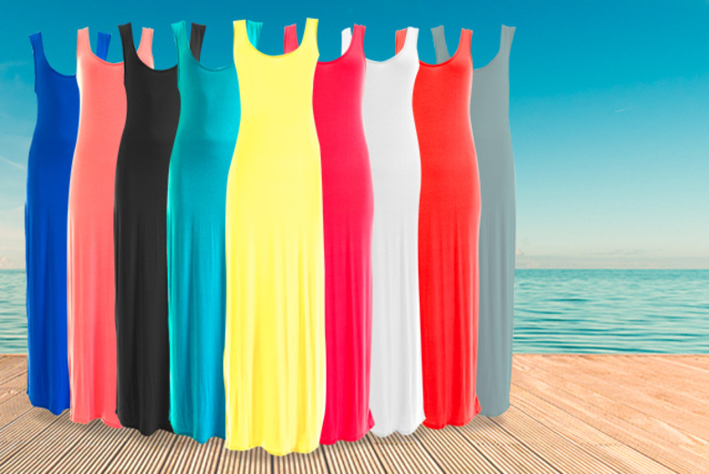 £8.99 instead of £29.99 (from iKRUSH) for a maxi dress in a choice of 9 colours, £15.99 for 2 dresses, £23.99 for 3 - save up to 70%