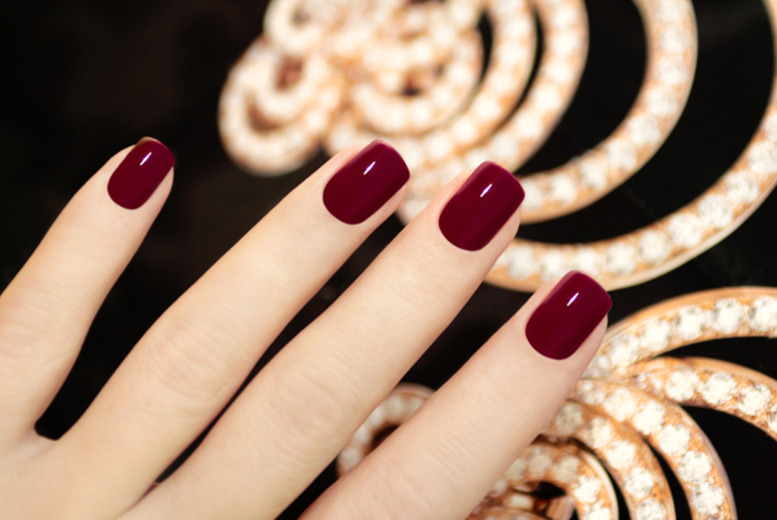 £14 instead of £35 for a Shellac manicure, £19 including a pedicure at Nail Candy, Marylebone - save up to 60%