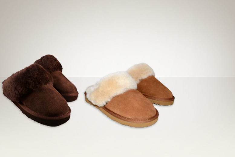 £19 instead of £67.91 (from Evaniy) for a pair of sheepskin women's slippers in a choice of 2 colours - save 72%