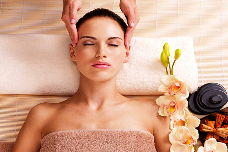 £14 instead of £30 for a 1-hour Indian head massage inc. consultation at Mystique, Loanhead - save 53%