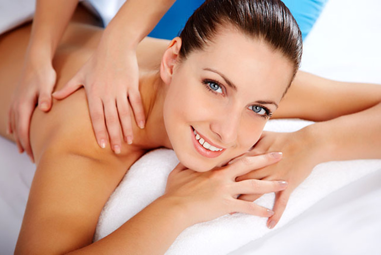 £12 instead of £20 for a 30-min back massage, £17 for a 1-hr full body massage at Skin Therapy, Leeds - save up to 40%