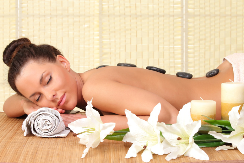 £39 for a spa day inc. two 30-min treatments, a glass of Champagne, a cupcake and use of all facilities at Savannah Day Spa, Glasgow - save 56%