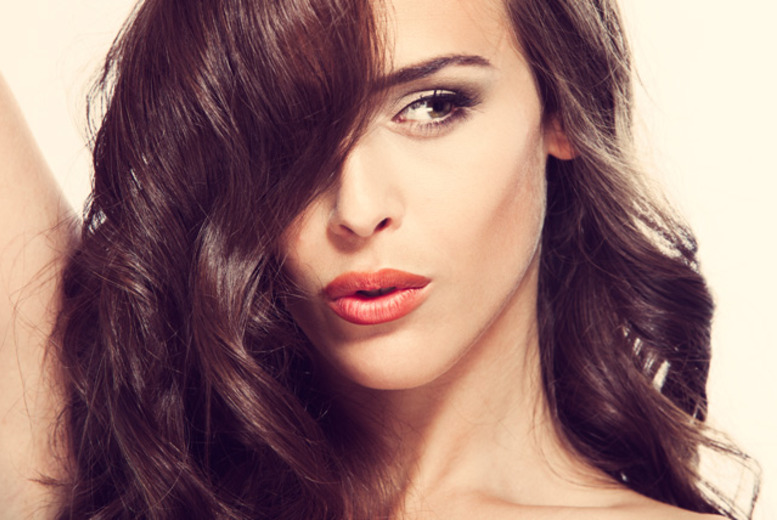£14 instead of £29.50 for a cut, blow dry and condition, £24 including a full head of colour at Headmasters Hair, Birmingham - save up to 53%