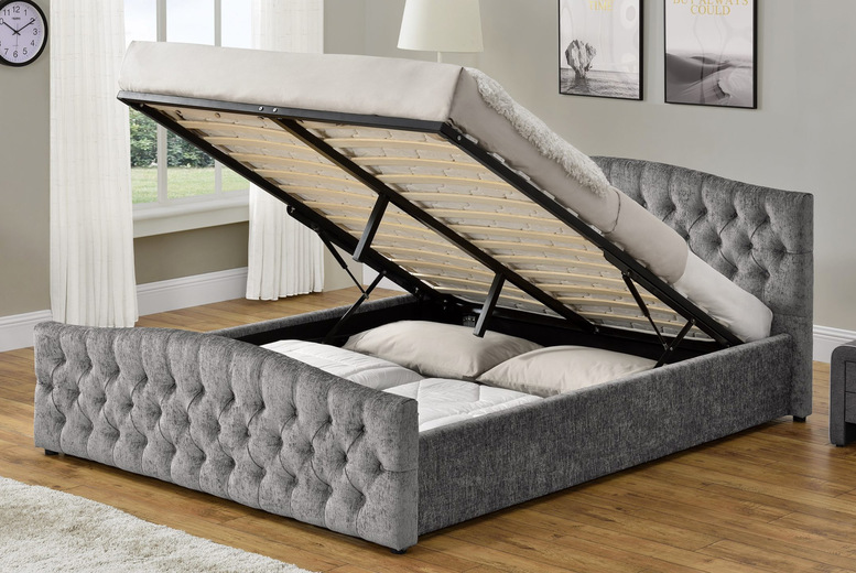 silver-chesterfield-ottoman-bed