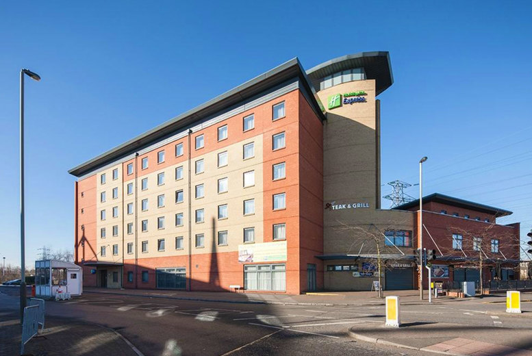 Image of Leicester Hotel Stay & Prosecco For 2   Regional   Living Social