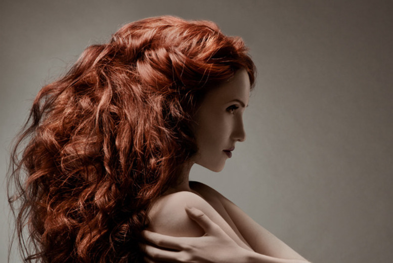 £14 instead of up to £41 for a restyle cut, deep conditioning treatment & blowdry finish at HedRush, Hanley - save up to 66%