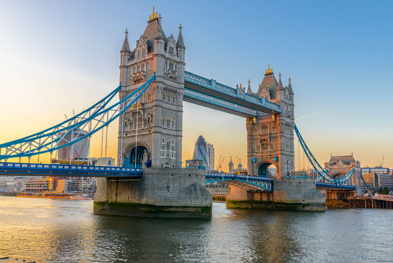 Image of London Stay: Breakfast & Prosecco For 2 | Regional | Living Social