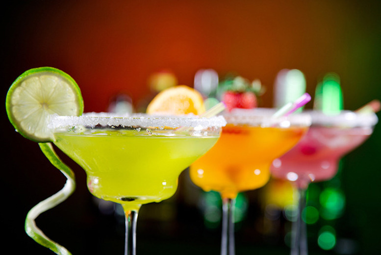 £25 for a bespoke giant cocktail (serves 6-8) and a choice of food platter to share between up to 4 at Trapeze Bar, Hoxton - save 68%