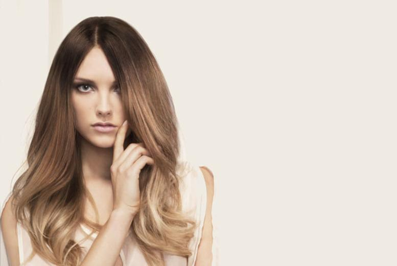 £49 instead of up to £103.50 for a half head of highlights, cut and blow dry at Rush Hair, Clapham High Street or Hammersmith - save up to 53%