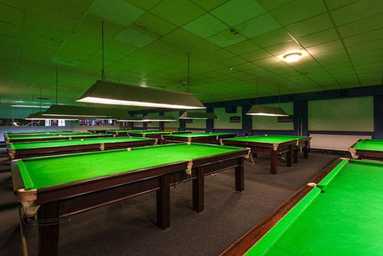 £6 for 2 hours of pool or snooker for 2 people and a burger each, £11 for 4 at Perfection Sports & Leisure Bar, Stirchley - save up to 81%