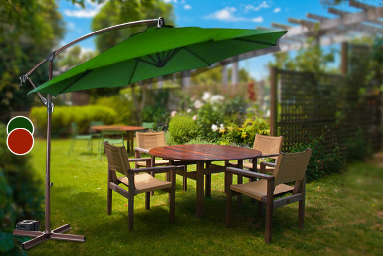 £59.99 instead of £144.99 (from Groundlevel) for a 3-metre banana parasol in a choice of green or terracotta colours - save 59%