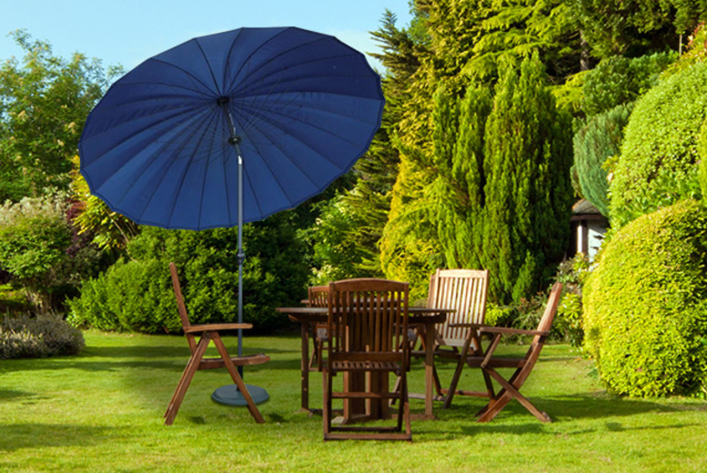 £39.99 for a large steel and polyester adjustable parasol from Wowcher Direct