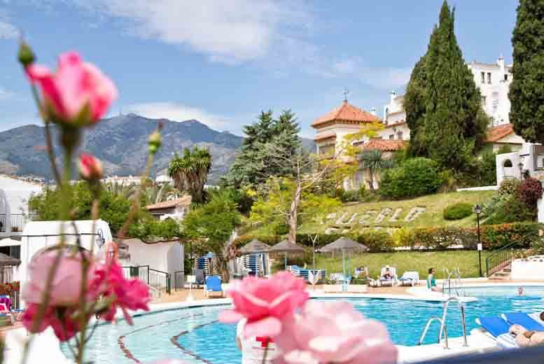 £29 instead of up to £221 (at Pueblo Evita, Malaga) for a 7nt self-catered apartment stay for 2 - save up to 87%