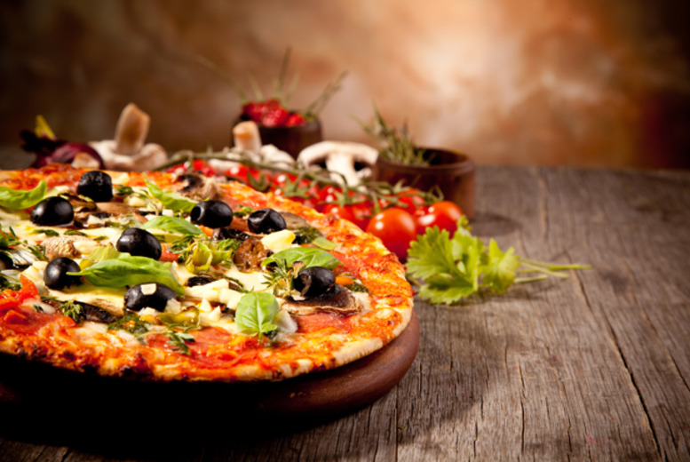 £9.99 instead of up to £37.94 for a 2-course Italian pizza meal for 2 inc. a cocktail each at The Neighbour's Chef, Oldham - save up to 74%