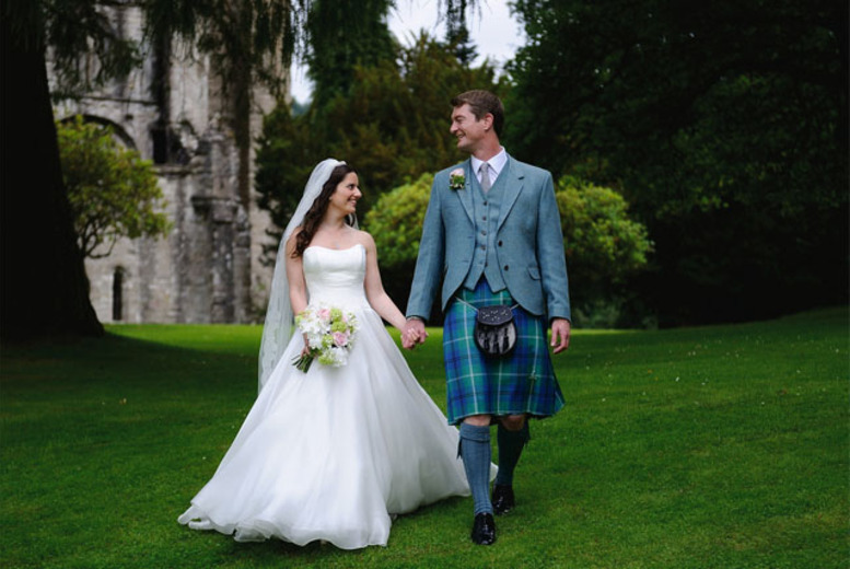 £299 instead of £1000 for a wedding photography package from David Bryce Photography, Glasgow and Edinburgh - save 70%