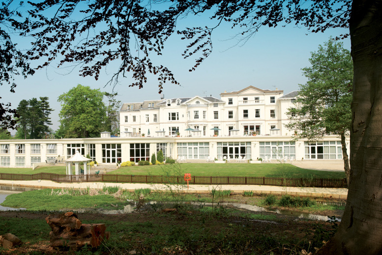 £99 (at Cheltenham Park Hotel) for an overnight stay for 2 including breakfast, late check out and £40 hotel credit - save up to 42%