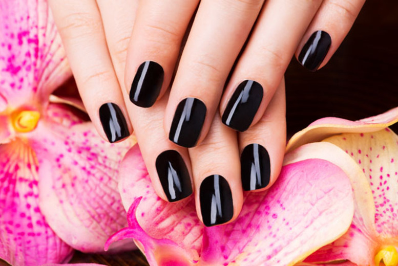 £14 instead of up to £45 for a Shellac manicure, or £21 including a pedicure at Citi Studio, Shoreditch - save up to 69%