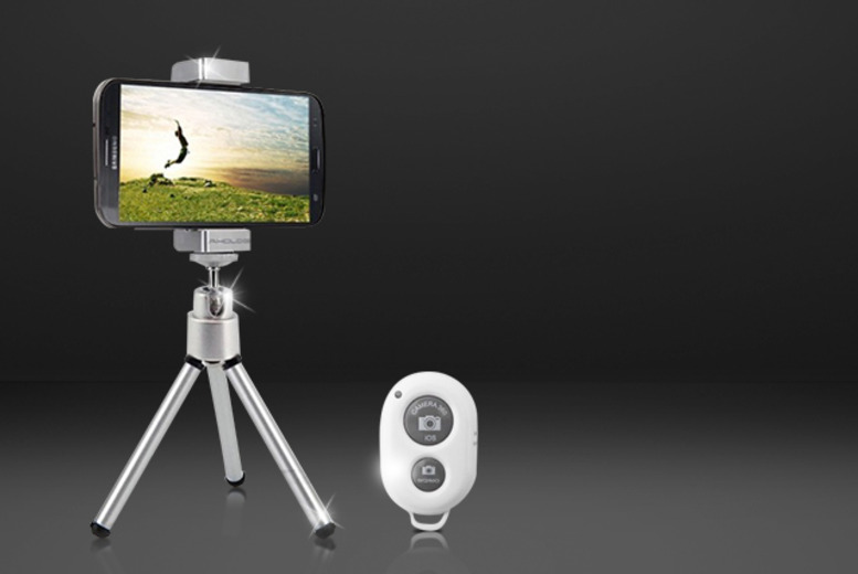 £11.99 instead of £45 (from Hedoo) for a wireless camera shutter control & 'selfie' tripod for smartphones - save 73%