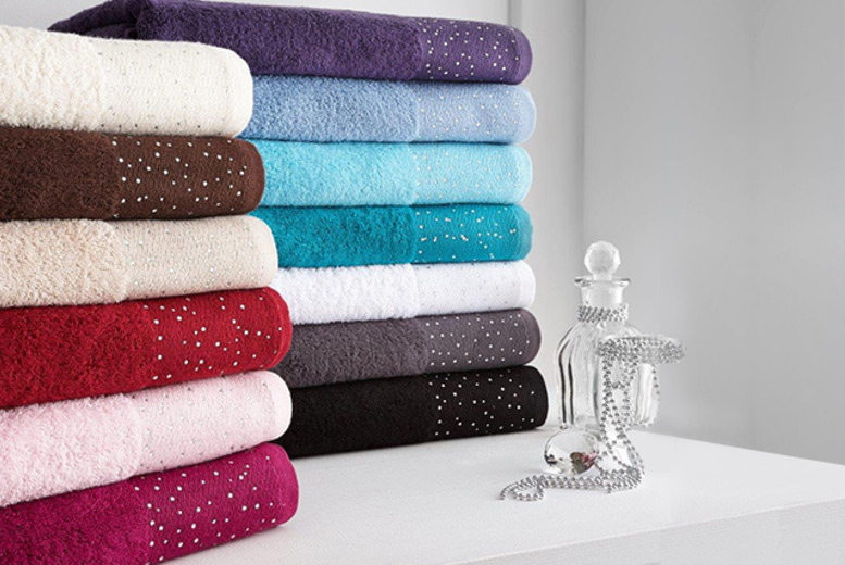 £17.99 (from Wowcher Direct) for a 3pc diamante towel bale in a choice of 13 colours, or £32.99 for a 6pc bale