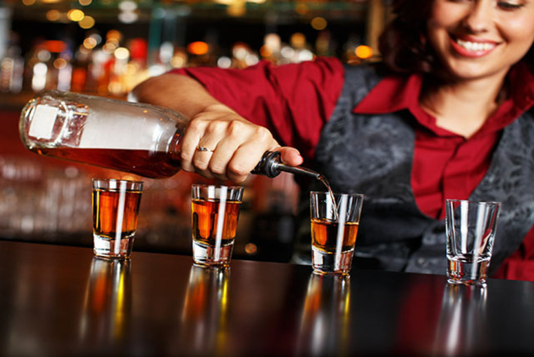 £19 instead of £495 (from Career Match) for an online bartending course - learn the tricks of the trade and save 96%