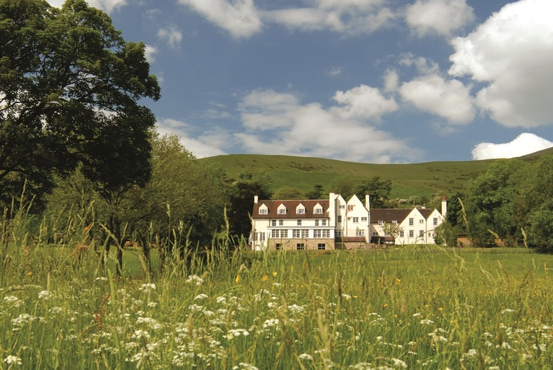 £159 for an overnight Peak District spa stay for two with a 7-course menu and glass of Prosecco each, or £259 for two-nights at Losehill House Hotel - save up to 52%