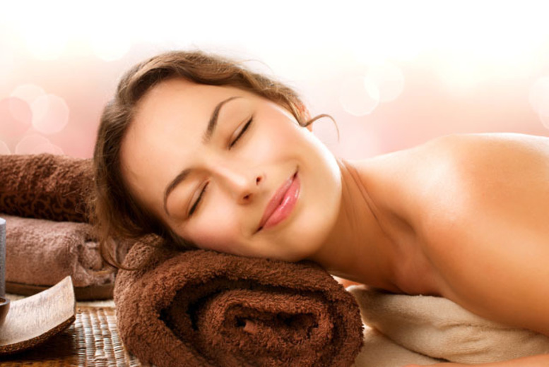 £29 for a 3-treatment pamper package for one person inc. a glass of bubbly, or £55 for two people at IS Unique Spa, Glasgow - save up to 68%
