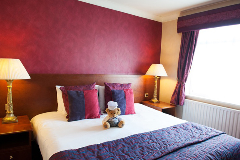£99 (at Best Western Willow Bank) for an overnight stay for 2 people inc. dinner, wine, breakfast and late checkout - save up to 37%